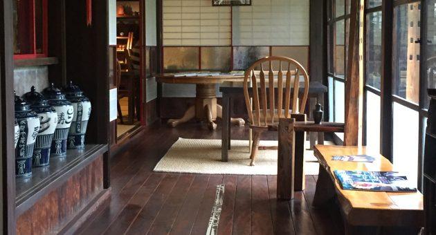 本場の味を受け継ぐ中国茶と、やさしい味の中華料理を味わう。