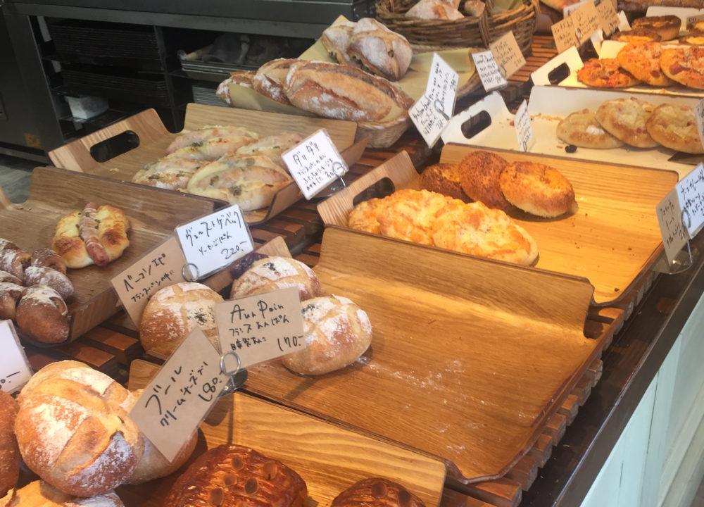 熊本のパン業界を牽引する存在! 大人の隠れ家的なパン屋さん。